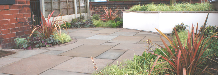 Heaton moor curve appeal for Garden design yorkshire